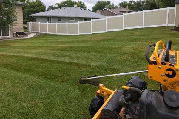 How Much Does Lawn Mowing Cost ?